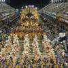Beija-Flor-carnaval-2015-no-Rio-de-Janeiro-foto-Raphael-Marco-Antonio-Cavalcanti-Riotur_201502170072-670×440